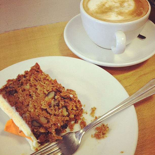 cappucino drogheda, irish coffee, carrot cake, coffee and cake, traders cafe, traders drogheda
