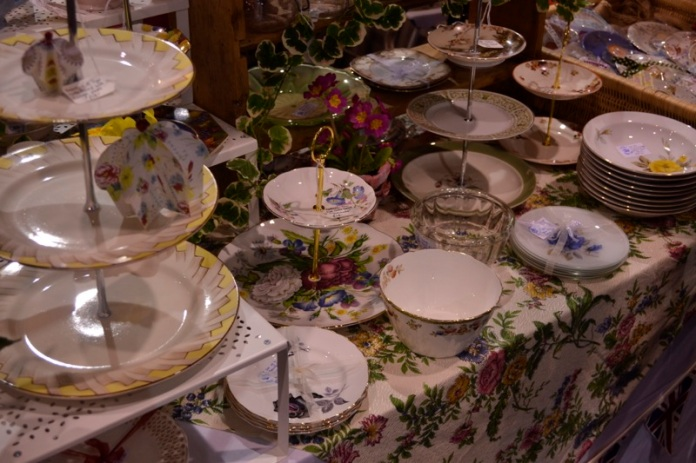 afternoon tea, tea cake, cake stands, porcelain plate, cake plates, plate tier, big cake show, exeter