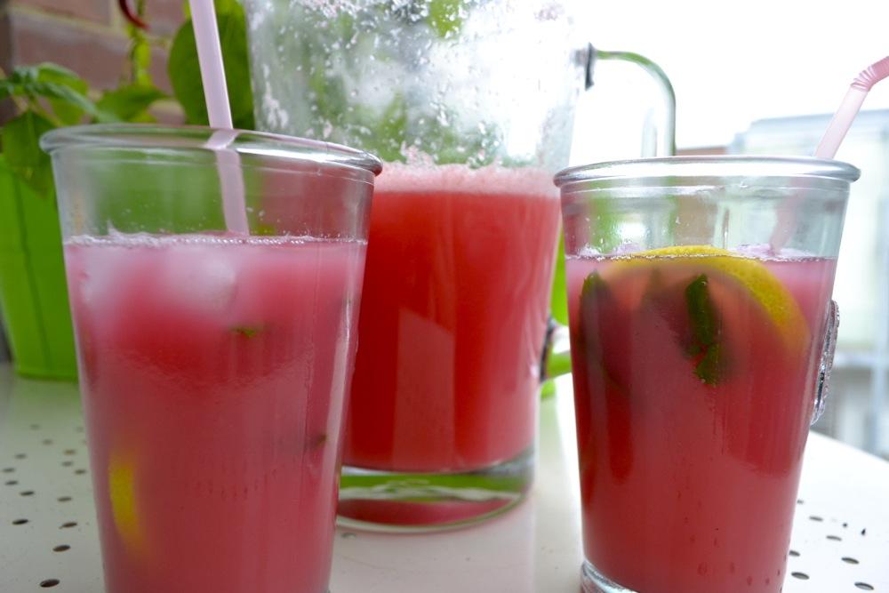 pink lemonade, close up, drinks, beverages, summer, mint, lemon