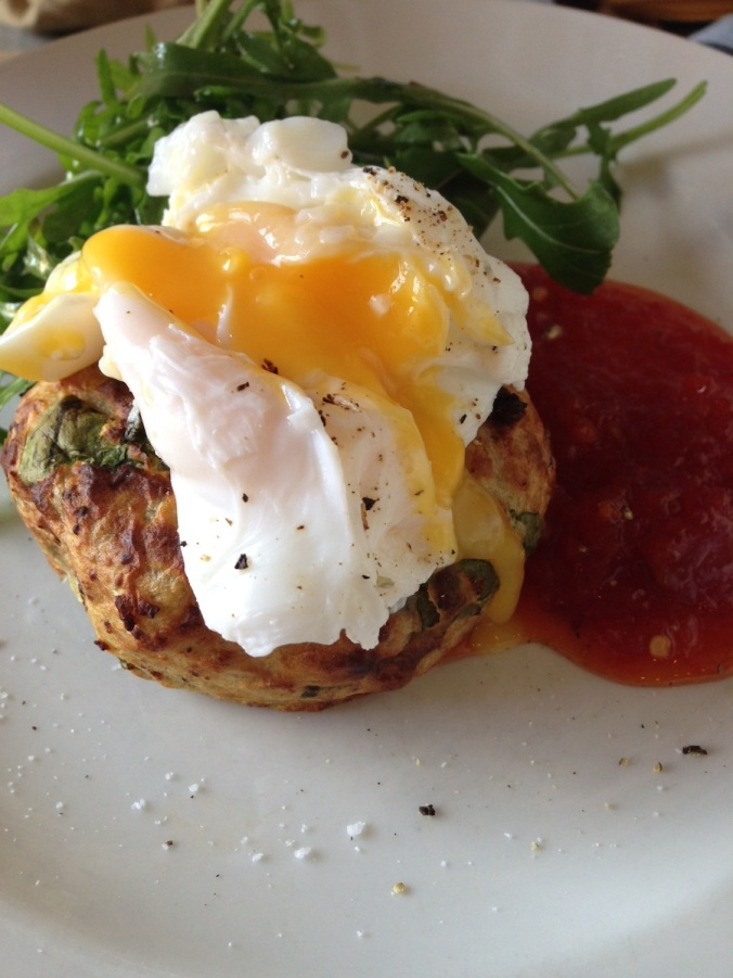 hackney pearl, brunch london, hackney wick restaurant, eggs and potato cakes, runny poached eggs